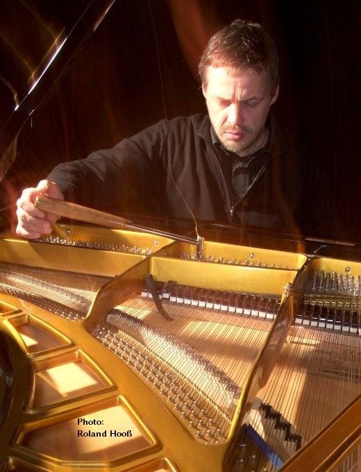 Klavier und Orgelstimmer Kurt Georg Hooß